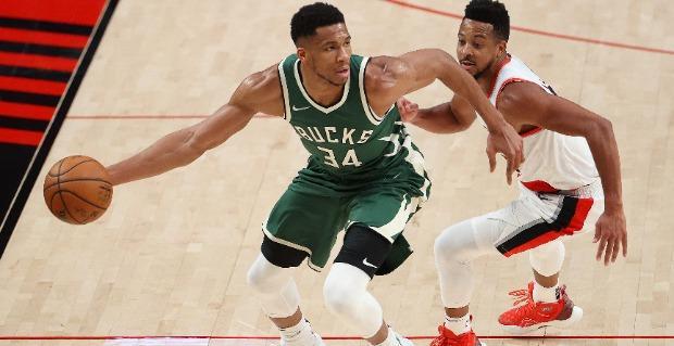 Pronostic NBA GRATUIT Milwaukee Bucks Atlanta Hawks Playoffs